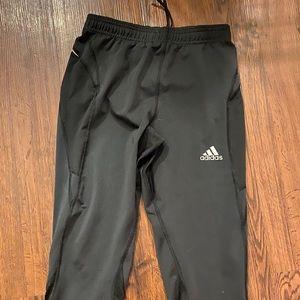 Adidas Women's crop Capri with zipper pocket